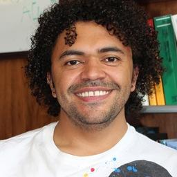 Dr. Alexander Correa Metrio